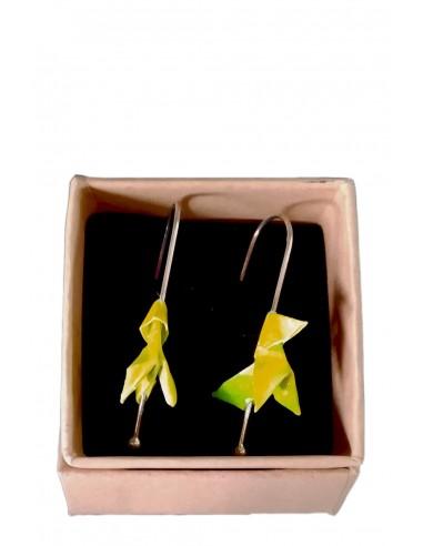 Pendientes origami pajarita amarilla